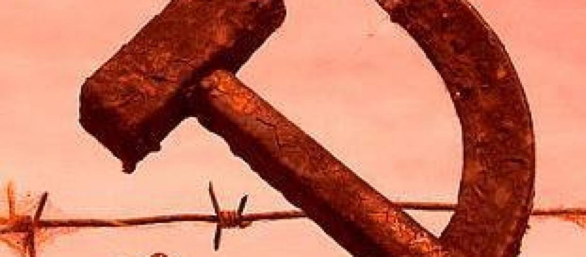 comunismo-simbolo-falce-e-martello-contro-la-liberta